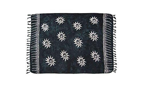 ManuMar Damen Sarong   Pareo Strandtuch   Leichtes Wickeltuch in schwarz mit Sonne-Motiv mit Fransen-Quasten XXL Übergröße 115x225 cm