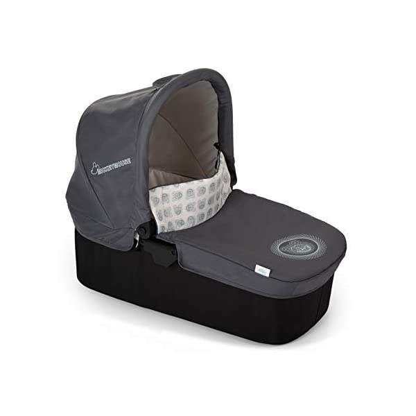 Hauck Rapid 4 X Plus Trio Set, 3-in-1 Travel System from Birth Up To 25 kg, Infant Car Seat Group 0, Carrycot and Buggy, One Hand Fold, Height-Adjustable Push Handle, Lying Position, Mickey Cool Vibes  3 in 1 stroller set. includes pushchair, carry cot and group 0+ car seat. Rapid fold system. the one hand fold system makes this pushchair ideal for shopping trips, and it folds small enough to fit in most car boot Optional isofix base.  the group 0+ car seat is compatible with the hauck comfort fix car seat base. 17