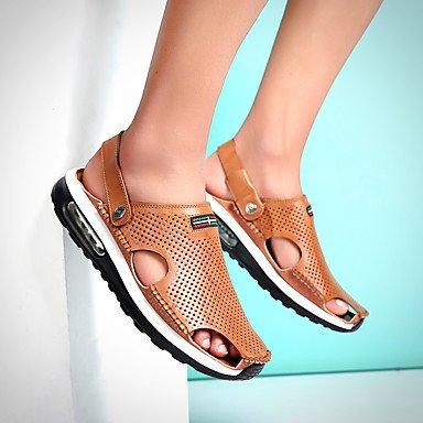 Los hombres sandalias Primavera Verano Moccasin Confort zapatos agujero exterior de piel sintética Soles de luz casual talón plano caminando US9.5 / EU42 / UK8.5 / CN43