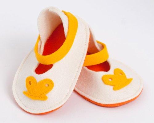 Handgefertigt wunderschönen Baby Schuhe von höchster Qualität Wolle Yellow Butterfly