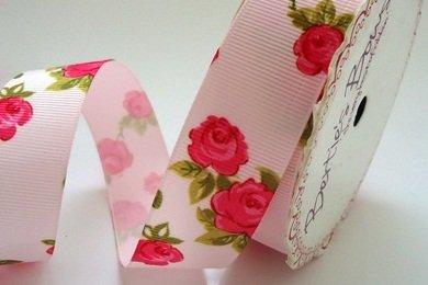 Bertie da fiocchi rosa stampa floreale rosa nastro grosgrain 25mm su rotolo 3m