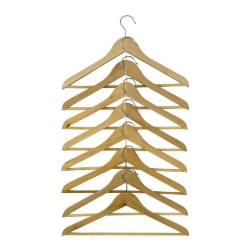 ikea-bumerang-cintres-en-bois-couleur-naturelle