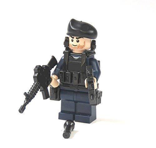 Custom Polizei Minifigur aus LEGO© und Custom Teilen mit Flash Kopf und Hände
