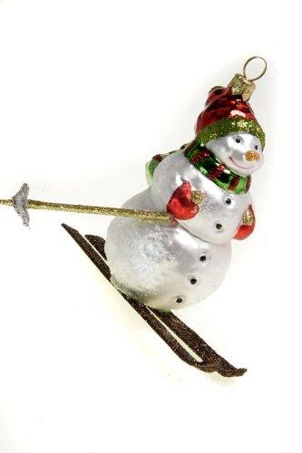 hamburger-weihnachtskontor-aussergewohnlicher-tannenbaumschmuck-schneemann-auf-ski-bunter-schal
