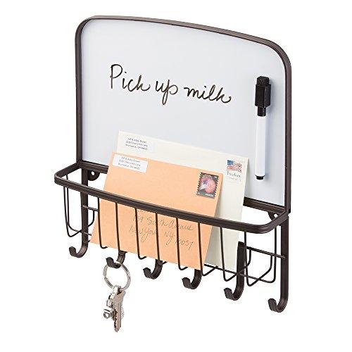mDesign Briefablage und Schlüsselleiste aus Stahl- für ordentliche Aufbewahrung von Schlüssel, Briefe, Prospekte - mit weißer Tafel – Schlüsselbrett mit Ablage – Farbe: Bronze - Schlüsselbrett-organizer