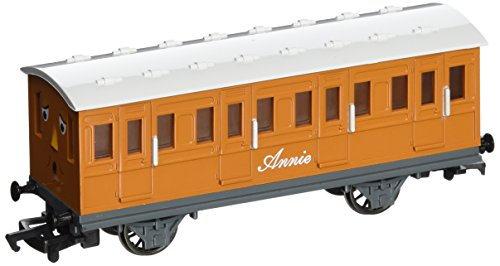 bachmann-trains-thomas-and-friends-annie-coach