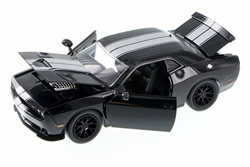 2015-dodge-challenger-srt-hellcat-black-with-silver-stripes-1-24-by-jada-97600-by-dodge