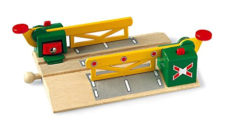 Ravensburger BRIO World - Magnetic Action Crossing