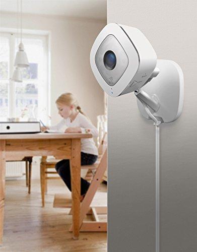 41VpF-iXOxL [Bon Arlo !  Arlo Q - Smart caméra filaire - Surveillance 24 h/24 et 7 j/7 en toute simplicité grâce à l'alimentation secteur, v...