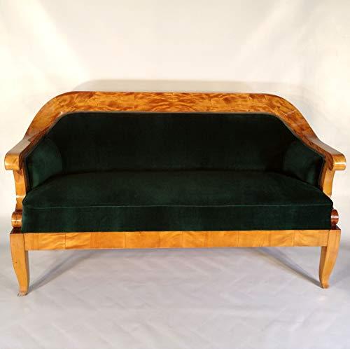 Klassizistisches Biedermeier Sofa. Sehr Elegantes und bequemes Biedermeier Empire Sofa aus...