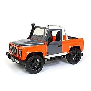 Bruder 2591 - Land Rover Defender Pick Up, color naranja/gris