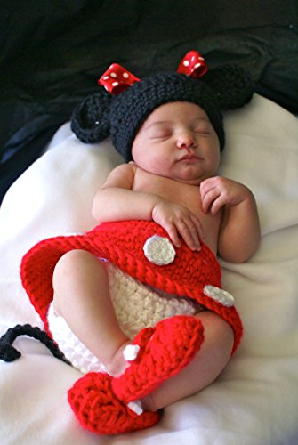 Kuhu Creations New Born Baby and Infant Cute Style Handmade Photography Prop with Crochet Knit. (Red MnM Style)