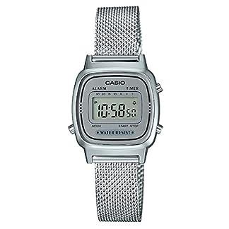 Reloj Digital de Cuarzo para Mujer de Casio con Correa de Acero Inoxidable Macizo.