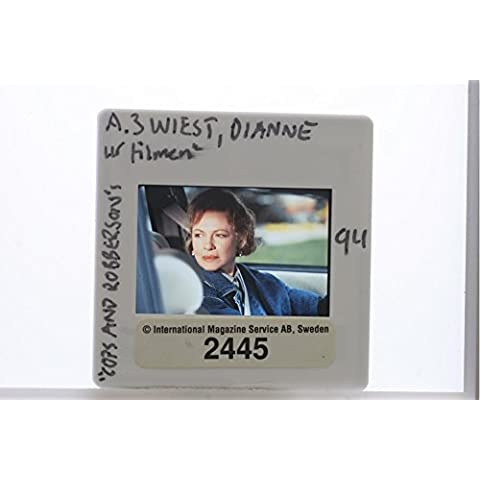 Slides photo of Academy Award for Best Supporting Actress Dianne Evelyn Wiest in the movie