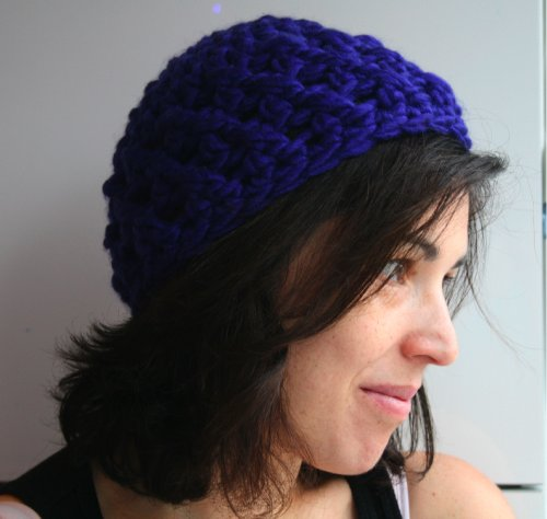 Crochet Super chunky teens and women cap / hat (Crochet hats Book 1) (English Edition) (Womens Hats Crochet)