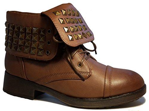 Bottes doublées, chaussures femme / chaussures hiver, bottes hiver, chaussures rivet, modèle 11104112001026, marron, différents modèles et tailles. Marron.