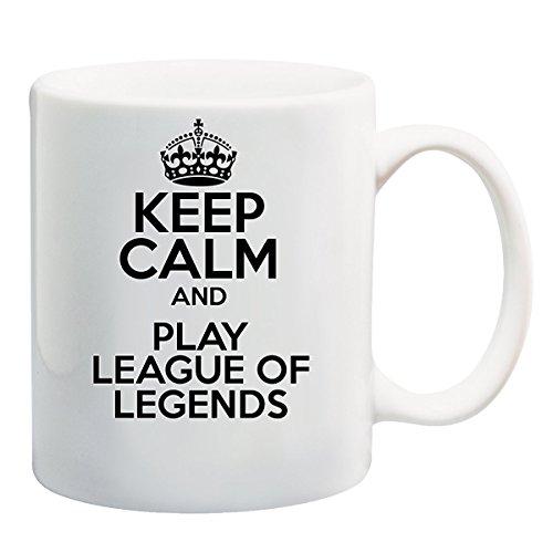Taza con texto en inglés Keep Calm And Play League of Legends