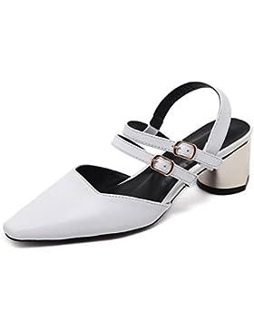 Después de hebilla de la palabra señaló gruesa con sandalias dobles con sandalias vacías sandalias de verano y...