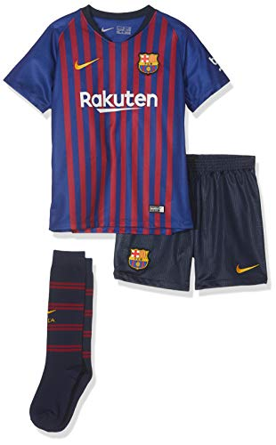 Brand new, official Barcelona Little Boys Home Mini Kit for the 2018 2019 La Liga season. This is the new FC Barcelona football kit which is available to buy online in a full range of kids sizes for ages 3-8 years. This soccer jersey is manufactured ...