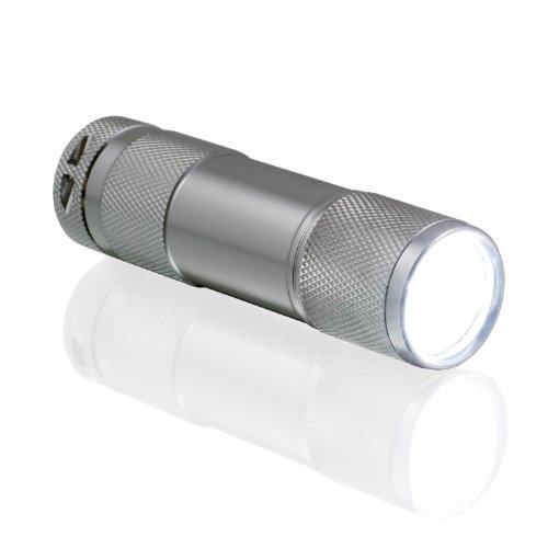 CSL - 9 LED Taschenlampe | energiesparend | Länge: 9cm | Aluminiumgehäuse | witterungsbeständig | in silber | inkl. Batterien