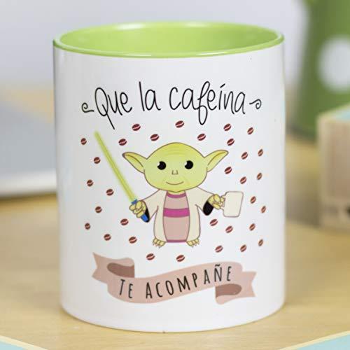 La Mente es Maravillosa - Taza con Frase y dibujo. Regalo original y gracioso (Que la cafeína te acompañe) Taza Yoda