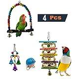 AIflyMi 4 Pezzi Bird Perch in Legno Amaca appesa per Piccole Gabbie parrocchetto Decorativo Accessori, Perline di Legno Colorate Campane e Pappagallo Amaca in Legno appollaiato