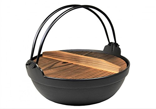 IWACHU Nabe Topf Ø 21 / Shabu Shabu / Hot Pot / Gusseisen schwarz mit Holzdeckel