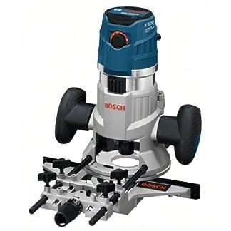 Bosch GMF 1600 CE Professional – Fresadora de superficie, 2 casquillos copiadores, 2 pinzas de sujección, adaptador de aspiración, protección de virutas y tope paralelo