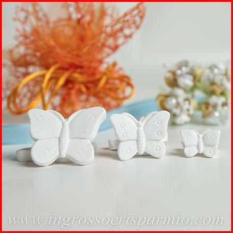 Gessetti bianchi a forma di farfalla con pois media, possono essere profumati con essenze(non incluse) - bomboniere nascita,battesimo,comunione,cresima,matrimonio (kit 48 pz)