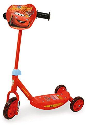 Preisvergleich Produktbild Smoby 450171 - Cars Roller mit Helm, Ellenbogen und Knieschützern