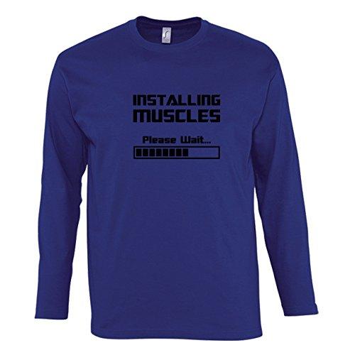 Manica lunga t-shirt da uomo con Installing Muscles Please Wait stampa. Small, Blu