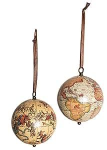 Globe terrestre et globe céleste en 1551, à suspendre