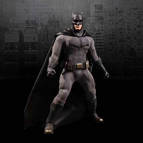 Batman v Superman-Dawn of Justice-Bild 1/12 Batman 15 -