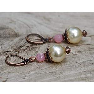 Romantische Vintage Ohrringe mit böhmischen Glasperlen/Glaswachsperlen - ivory, cremefarben, beige, rosa opal & kupfer