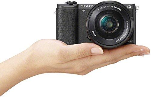 Sony Alpha 5100 Systemkamera mit ultraschnellem Hybrid-AF (180° drehbares 7,62 cm (3 Zoll) LC-Display, 24,3 Megapixel, Exmor APS-C Sensor, Full HD Video) inkl. SEL-P1650 schwarz