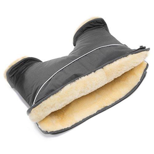 kinderwagen muff aus lammfell christ trotz dem frost der ideale handw rmer beim spazieren. Black Bedroom Furniture Sets. Home Design Ideas