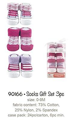 Yoga Sprout 90166 3er Set Babysocken, passend von 0-9 Monate, 3 verschiedene Designs