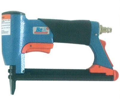 Preisvergleich Produktbild BeA -Tacker Nagler -Drucklufttacker Druckluftnagler Profi-Gerät 380/16-420