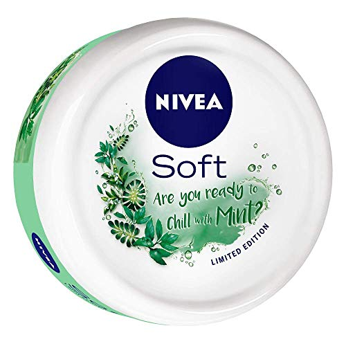 NIVEA Soft Light Moisturizer Chilled Mint With Vitamin E & Jojoba Oil, 100 ml