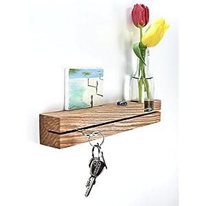 Schlüsselleiste Kern-Olivesche mit Blumenvase