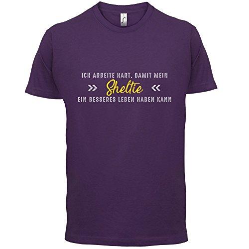 Ich arbeite hart, damit mein Sheltie ein besseres Leben haben kann - Herren T-Shirt - 12 Farben Lila