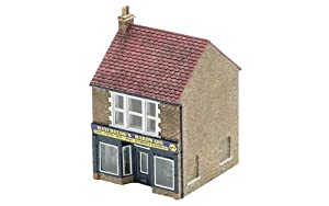 Hornby R9835 The Hardware Store
