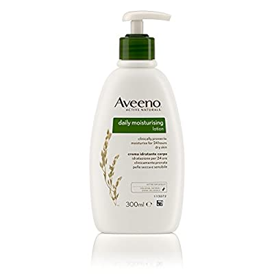 Aveeno Daily Moisturising Lotion 300 ml and Bath & Shower Oil 250 ml Set