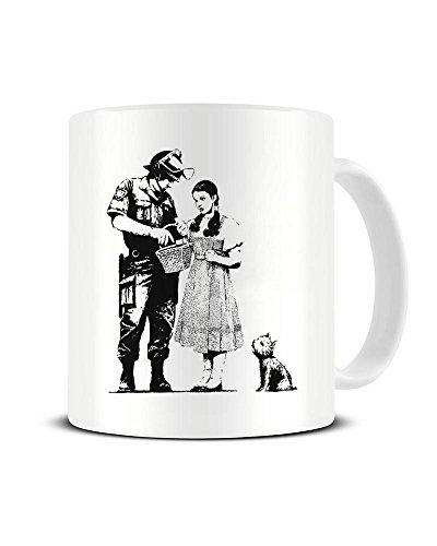 Funky NE Ltd Banksy's Dorothy Police Search Tasse – Keramik Kaffeetasse – tolle Geschenkidee
