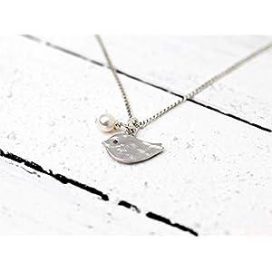 Verspielte, zierliche Perlen-Kette/zierliche Kette mit Vogel silber: 925er-Sterling-Silber Kettchen mit matt silber Vögelchen und kleiner Perle als Anhänger, das perfekte Geschenk