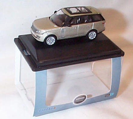 oxford-silver-land-rover-range-rover-luxer-2013-car-176-railway-scale-diecast-model