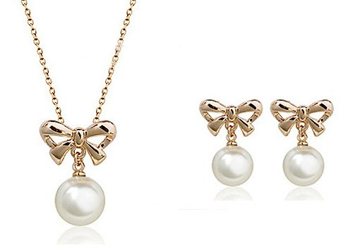 Silver Shoppee Pristine Pearl 18K Yellow Gold Plated Pearl Studded Alloy Pendant Set for Girls and Women