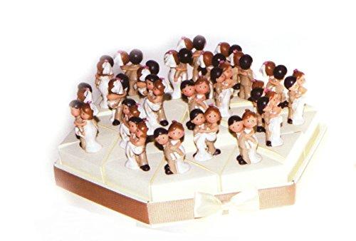Torta bomboniere sposi lui e lei 24 fette di torta con coppia sposi in resina completo di confetti bianchi crispo al cioccolato