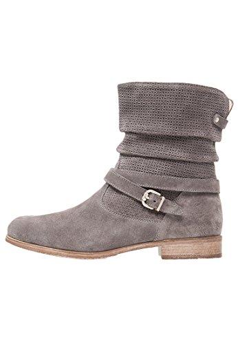 Pier One Damen Stiefel aus Veloursleder in Grau, 41