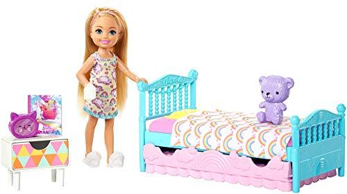 Barbie FXG83 - Club Chelsea Puppe Schlafzimmer Spielset, Puppen Spielzeug und Puppenzubehör -